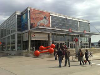 Centre des sciences de Montreal © Frankie Roberto